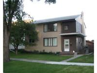 River Heights W/Parking Available 1098.00$/204-791-4213