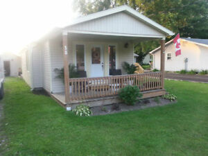 Mitchell's Bay Cottage For Rent BOOK NOW
