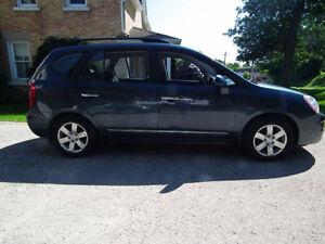 2009 Kia Rondo EX Sedan