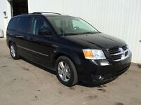 2010 Dodge Grand Caravan DVD StowNgo! Only 35000km! Power Doors!