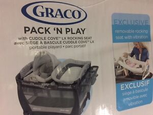 Brand New Still in box Graco Pack N' Play w/ removable seat