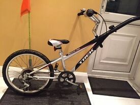 Trek kids trailer bike for sale £50 Very Good condition