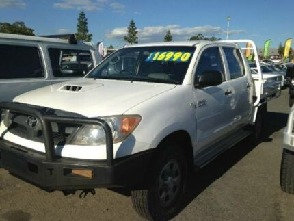2008 Toyota Hilux KUN26R MY08 SR White Manual Cab Chassis