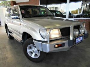 1999 Toyota Landcruiser FZJ105R GXL (4x4) Silver 4 Speed Automatic 4x4 Wagon St James Victoria Park Area Preview