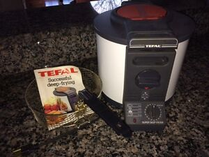 Tefal Awesome Deep Fryer with Manual & Recipe Book