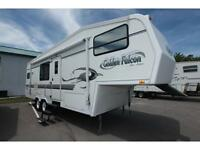 Used 2000 Golden falcon 28RKS 5th Wheel