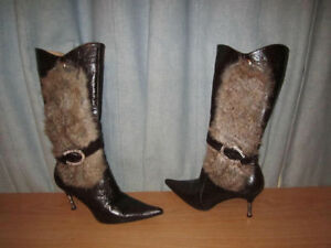 Women's Shoes Boot with Fur-side & Buckle High Heel, Size = 7
