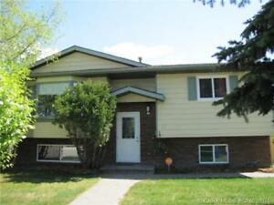 Red Deer....4 Bedroom 2.5 Bathroom House with Detached Garage