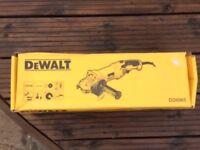 """Dewalt DW28065 5""""/125mm Small Angle Grinder 110V"""