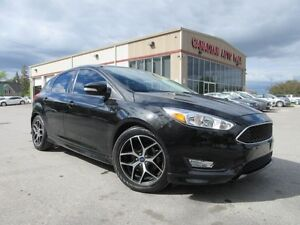 2015 Ford Focus SE HATCH, ROOF, ALLOYS, BT, A/C, 33K!