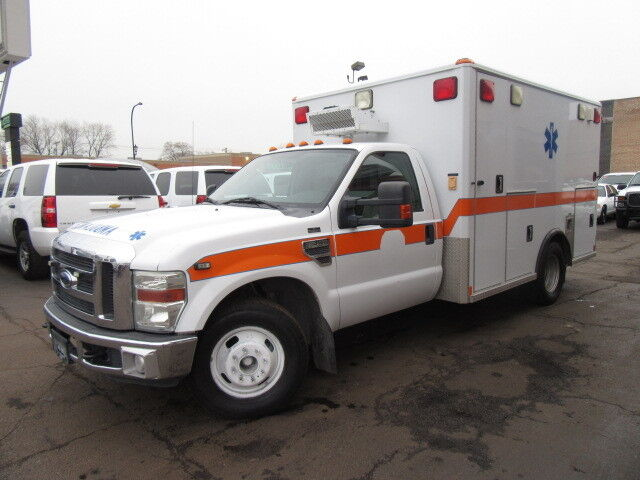 Image 1 of Ford: F-350 Ambulance…