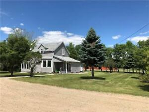 11.7 Acres of Delight! 2 Br Country home near Strathclair MB