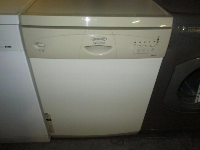 *CHEAP***cream hotpoint dishwasher+very clean+free delivery+free old uplift dishwasher ***