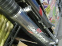 Marzocchi Bomber Dirt Jumper Fork with Lock Out and Manitou Fork