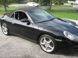 Porsche 911 Carrera 4, convertible, triple black, low km's
