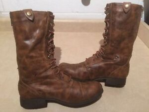 Women's American Eagle Boots Size 10 London Ontario image 2