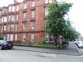 Traditional 2 bed ground floor flat on Hillfoot Street off Duke Street. Available 31-05-2021