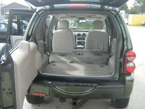 2007 Jeep Liberty Limited Edition SUV, Crossover 4X4 London Ontario image 9