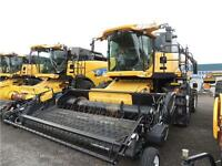 2012 New Holland CX8080 Super Conventional Combine