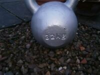 32KG cast iron Kettlebell, strength, fat loss, finess in one item.