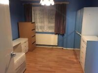DOUBLE ROOM TO RENT IN CLEVES ROAD UPTON PARK E6 1QG