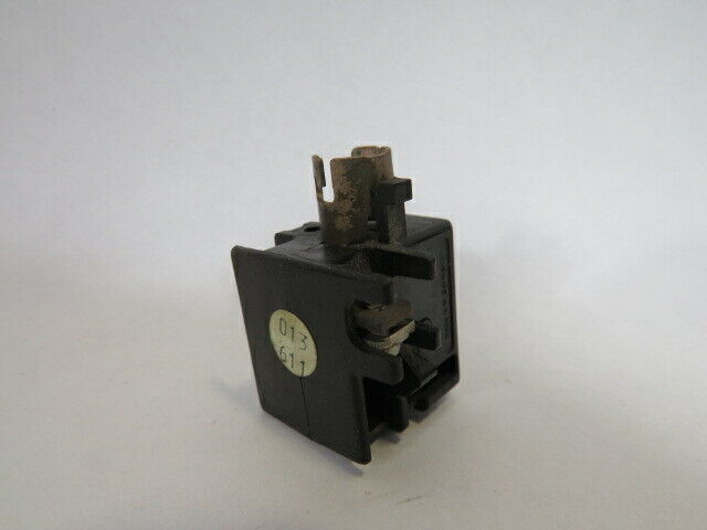 Klockner-Moeller FB Lamp Socket for Push Button 2.5W 250VAC USED