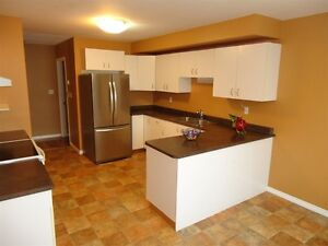 4 Bed 4 Bath Townhouse in a Great Area Prince George British Columbia image 5