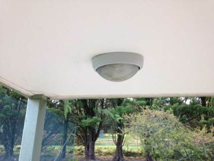 5 x outdoor lights fixture and fittings