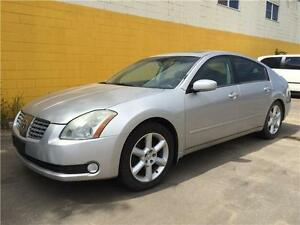 2004 Nissan Maxima SE Fully Loaded, Leather heated seats, Sunroo