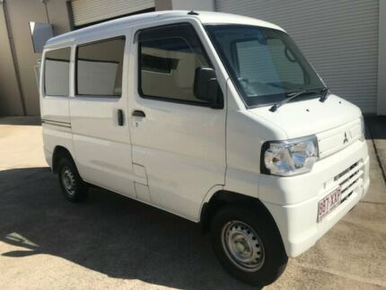 2011 Mitsubishi Minicab MIEV White Auto Sequential Van