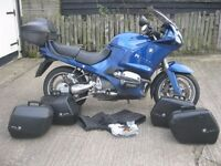 BMW R1150 RS MOTORCYCLE-2002- + 2 SETS OF LUGGAGE AND MOTed + HANDMUFFS & DISC LOCK