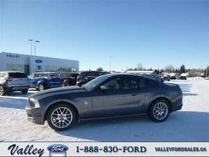 A TRUE SPORTS CAR! 2014 Ford Mustang V6 Premium Auto