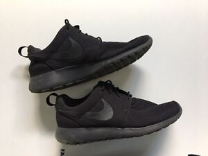 Mens Nike Roshe One Sneakers