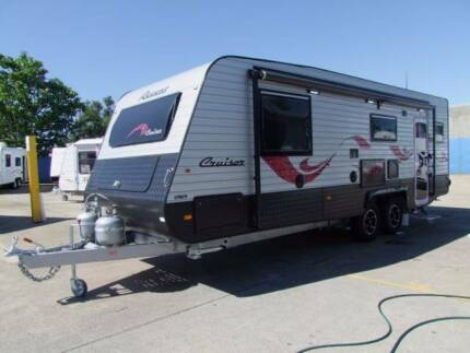 2017 REGENT CRUISER MKII CLUB LOUNGE FULL ENSUITE CLEARANCE STOCK