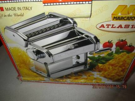 ATLAS ITALIAN PASTA MAKING MACHINE NEW IN BOX WITH INSTRUCTIONS