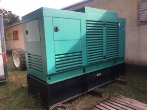 230 KW Diesel Generator  120/208 volt. Dealer Serviced. 400 Hour