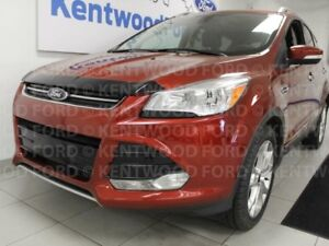 2014 Ford Escape Titanium 4WD, NAV, sunroof, heated power seats,