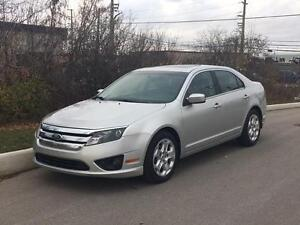 2011 Ford Fusion SE Sunroof! FINANCING AVAILABLE! ACCIDENT FREE