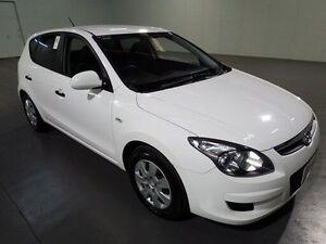 2012 Hyundai i30 FD MY12 SX 1.6 CRDi White 4 Speed Automatic Hatchback Bibra Lake Cockburn Area Preview