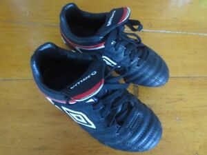 Umbro Soccer Cleats  11T