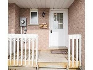 Spacious 3_BR Townhouse for Rent in Waterloo