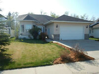 Beautiful Home For Sale in Red Deer!