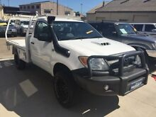 2005 Toyota Hilux KUN26R SR (4x4) White 5 Speed Manual Cab Chassis Mortdale Hurstville Area Preview