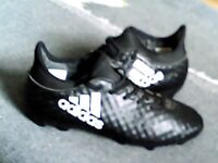 Adidas size 4 football Boots