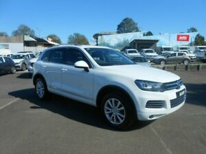 2014 Volkswagen Touareg 7P MY14 150TDI Tiptronic 4MOTION Candy White 8 Speed Sports Automatic Wagon