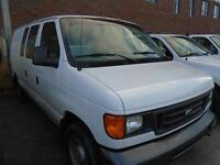 2006 Ford E150 Econoline E-150 8 cyl 4.6 L,good on gas,195000 KM