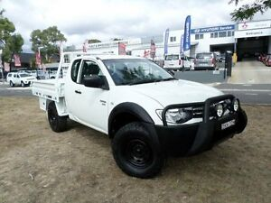 2010 Mitsubishi Triton MN MY11 GLX (4x4) White 5 Speed Manual Club C/Chas Belconnen Belconnen Area Preview