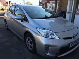 Toyota Prius 1.8 T4 Hybrid 5dr, Excellent condition, Full Service History LOW MILAGE