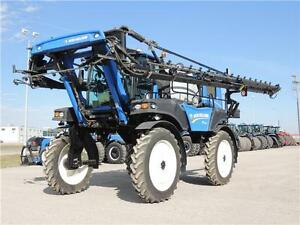 2015 New Holland Guardian™ SP.295F XP, 1200Gal, 120' BLOW OUT!