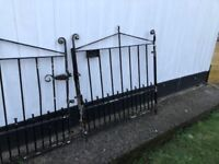 2 pairs of Steal Drive Gates for sale ( 4 ft * 4 ft) Plus tin of black paint for them
